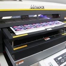 Druk cyfrowy UV - usługi znakowania