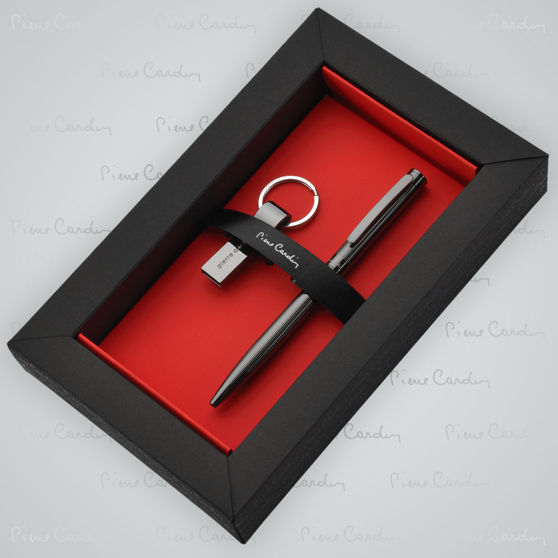 Zestaw upominkowy długopis i pamięć USB GISELE Pierre Cardin